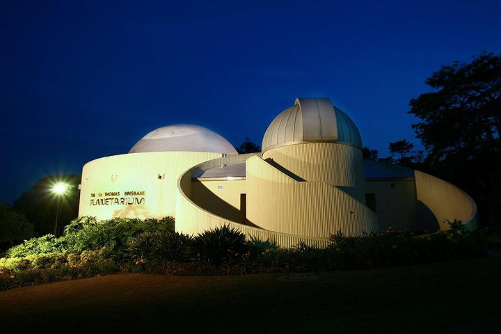 What Shows to Catch at Sir Thomas Brisbane Planetarium?